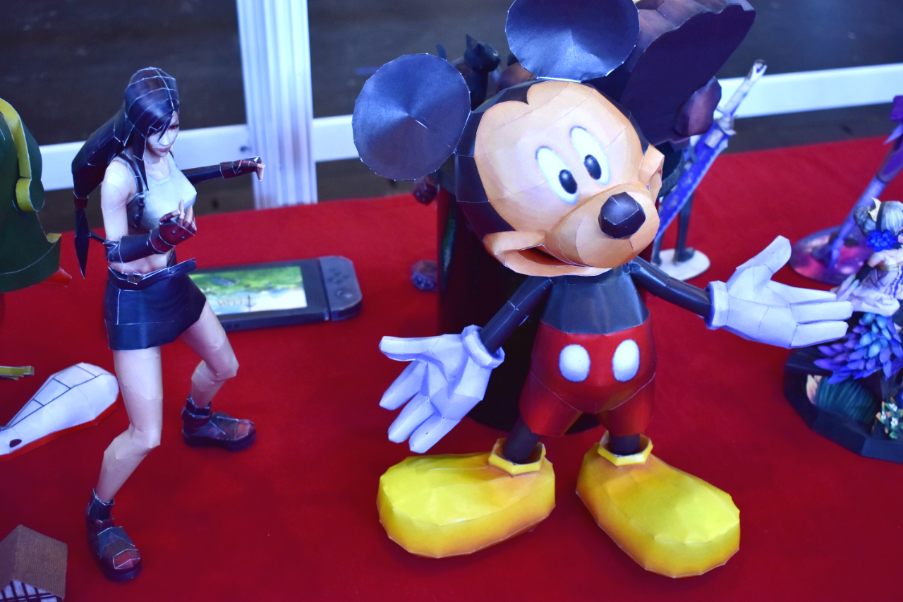 Anigetter Mickey and Tifa